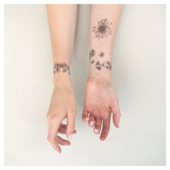 Chain Tattoo On Wrist: Daisy Chain Temporary Tattoo Kit
